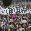 Thousands protest against same sex unions in Italy