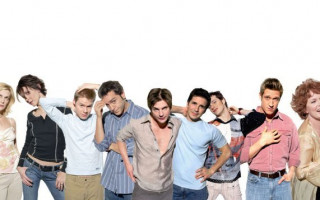 The cast of 'Queer as Folk' are reuniting for a COVID-19 fundraiser