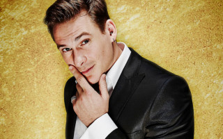 Lee Ryan Responds to Twitter Accusations About his Sexuality