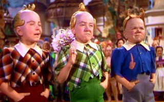 """Last Surviving Munchkin from """"The Wizard of Oz"""" turns 94 Today"""