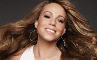 First peek at Mariah's crazy life