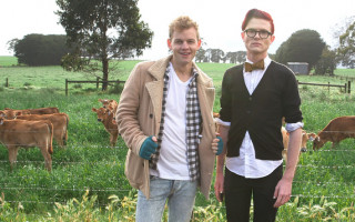 Joel Creasey and Rhys Nicholson Head to the Country