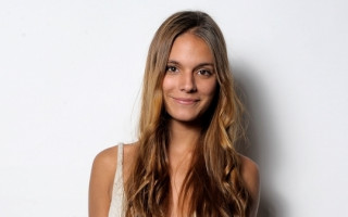 Actor Caitlin Stasey Discusses Fluid Sexuality