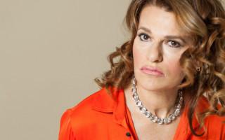 Sandra Bernhard: Show Business Sophisticate
