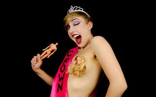 Comedian Sophie Joske launches Kickstarter campaign