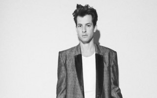Mark Ronson angered by fake gig in Perth