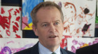 Shorten labels the Liberals dual plebiscite plans as dumb and dumber