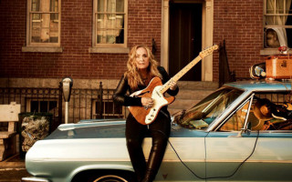 Calling All The Shots: Melissa Etheridge takes charge