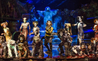 'Cats' – a magical night at the Jellicle Ball