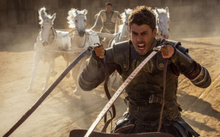 Ben-Hur star says no need for gay subtext in remake