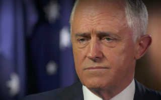 Malcolm Turnbull stands by plebiscite plan