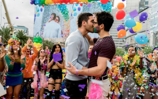 Netflix to screen two hour Sense8 finale special next year