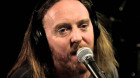 Tim Minchin shares his thoughts on the postal survey via song