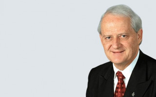 Greens call on Philip Ruddock to step down from religious freedom review