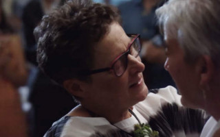 New Apple advertisement features same sex weddings