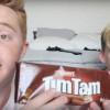 American YouTube stars The Kings try Australian foods