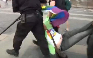 Russian police detain LGBTI rights protesters in St Petersburg
