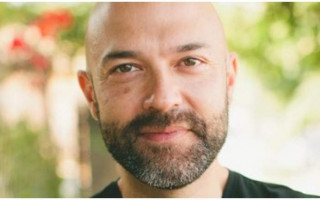 Author Joshua Harris apologises for his anti-gay book