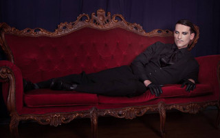 Ryan Mathew Schulz finds success in London's cabaret scene