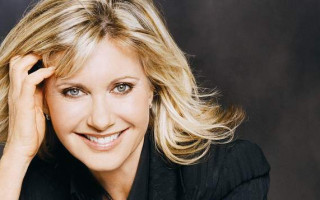 Olivia Newton-John made a dame in New Year's honour list