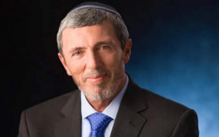 Israel's Education Minister, Rafi Peretz, criticised over gay remarks