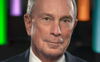 "Mike Bloomberg caught on camera calling trans people ""it"""