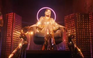 Kylie Minogue makes 'Magic' with second single from 'DISCO'