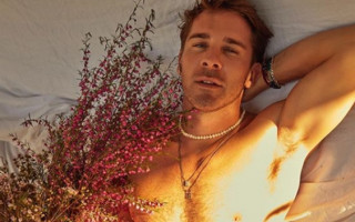 Hugh Sheridan gets honest in essay on sexuality and labels