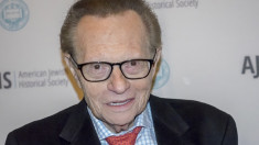 Legendary radio and TV interviewer Larry King dies aged 87
