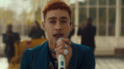 Years & Years delivers a captivating performance of 'Starstruck'