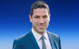 "Senator Alex Antic says he wants to ""identify"" as an AFL star"