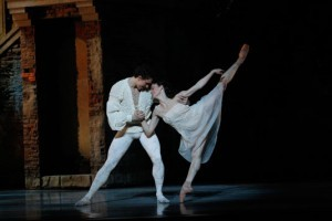 Kevin Jackson and Madeleine Eastoe, ROMEO & JULIET photo JEFF BUSBY_1209 (2)_2