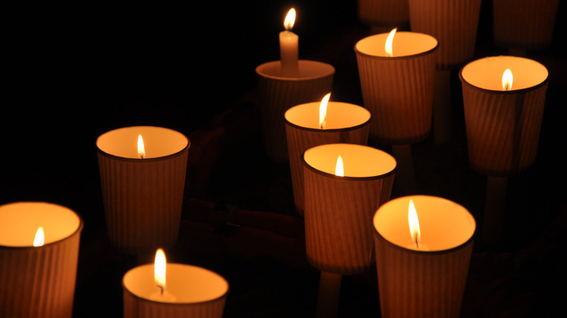 Canlelight Memorial AIDS 2013