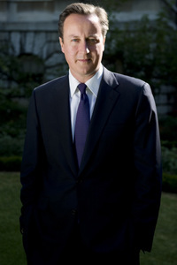 David_Cameron_Number_10_official_photo