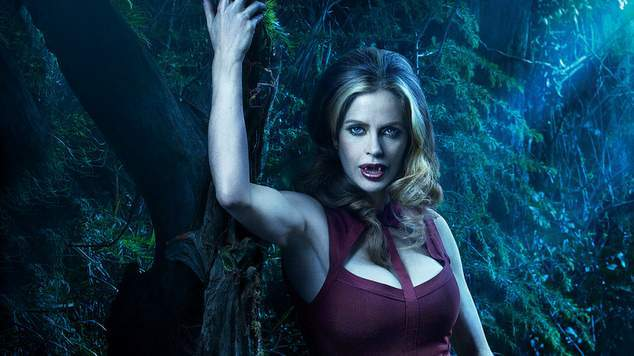 true-blood-kristin-bauer-as-pam-movie-wallpapers-Copy-1025