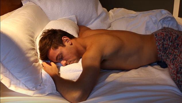 SLEEP...WITH TOM DALEY - YouTube - Google Chrome 4022016 50252 PM